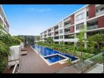 Newington luxurious apartment Share